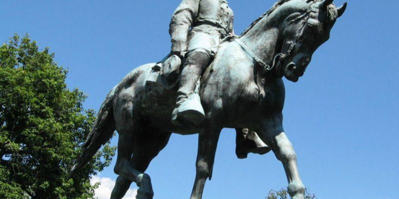 color photo of a statue of Gen. Robert E. Lee astride his horse, Traveler