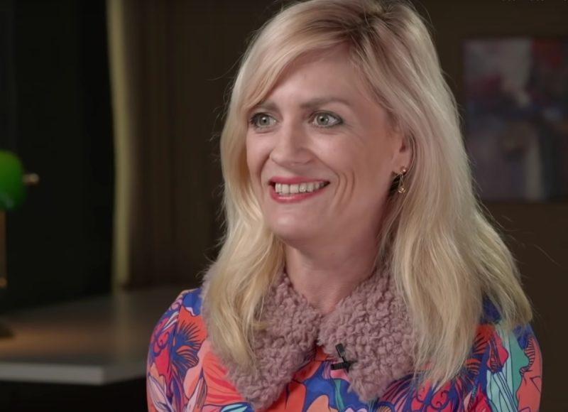 Photo of Elizabeth Nolan Brown smiling.
